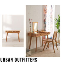 Urban Outfitters Unisex Make-up Organizer Table & Chair