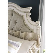 Wooden Furniture Bedding