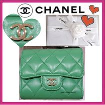 CHANEL MATELASSE Lambskin Plain Small Wallet Folding Wallets