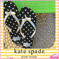 kate spade new york Dots Casual Style Shower Shoes Flip Flops Logo Flat Sandals