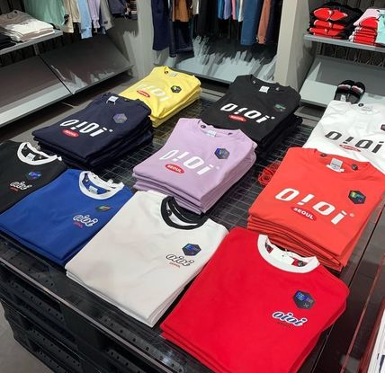 oioi korea More T-Shirts Street Style Plain Cotton Short Sleeves Logo T-Shirts 2