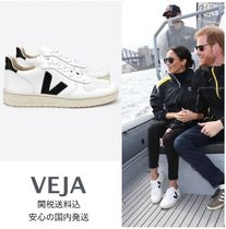 VEJA V10 Round Toe Rubber Sole Casual Style Street Style Plain