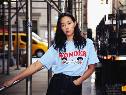 WONDER VISITOR More T-Shirts Unisex Street Style T-Shirts 7