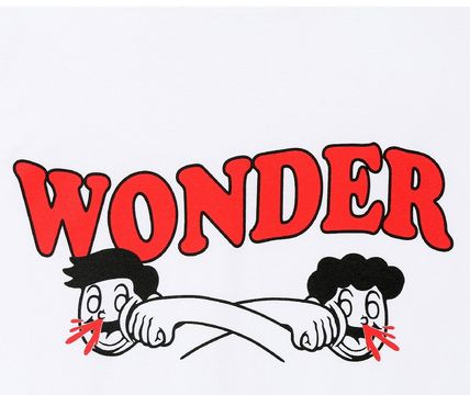 WONDER VISITOR More T-Shirts Unisex Street Style T-Shirts 12