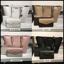 Michael Kors Casual Style A4 Leather Office Style Elegant Style