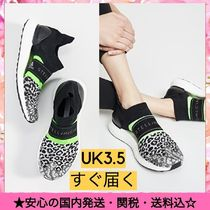 adidas by Stella McCartney Leopard Patterns Round Toe Rubber Sole Casual Style