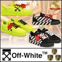 Off-White Round Toe Rubber Sole Casual Style Suede Street Style Logo