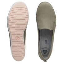 Clarks Casual Style Flats