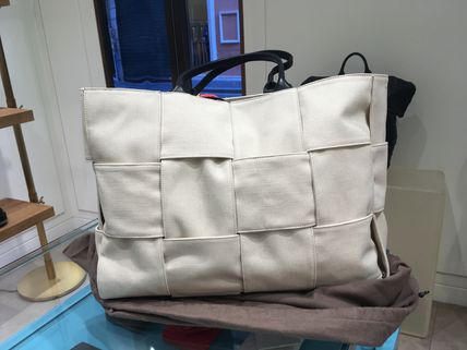Bottega Veneta ARCO TOTE bag