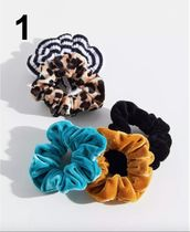 Urban Outfitters Scrunchy Casual Style Party Style Office Style Elegant Style