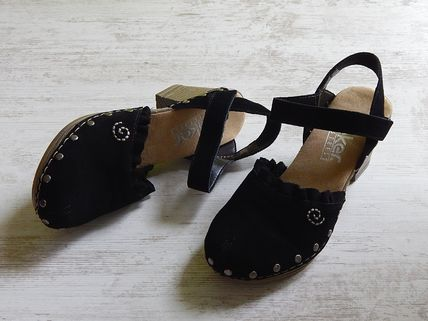 Round Toe Casual Style Leather Flats