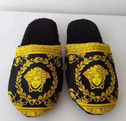 VERSACE I ? Baroque Slippers