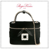 Roger Vivier Casual Style Calfskin 2WAY Chain Plain Leather Party Style