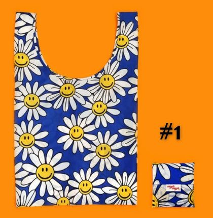 wiggle wiggle Flower Patterns Tropical Patterns Nylon Logo Shoppers