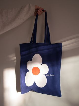 Flower Patterns Casual Style Unisex Canvas A4 Totes