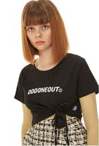 ODD ONE OUT Short Street Style Cotton Short Sleeves Logo Cropped