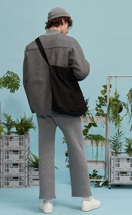 REPLAY CONTAINER Messenger & Shoulder Bags Unisex Street Style Messenger & Shoulder Bags 3