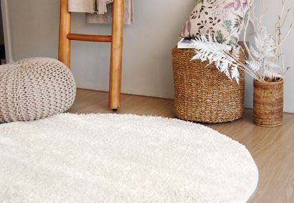 Unisex Plain Carpets & Rugs