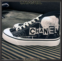 CHANEL SPORTS Flower Patterns Plain Toe Rubber Sole Lace-up Casual Style