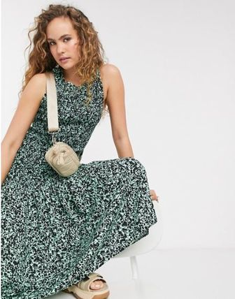 Casual Style Sleeveless Long Dresses