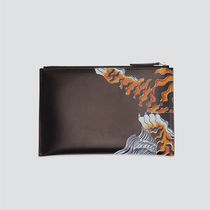 D SQUARED2 Unisex Other Animal Patterns Leather Logo Clutches