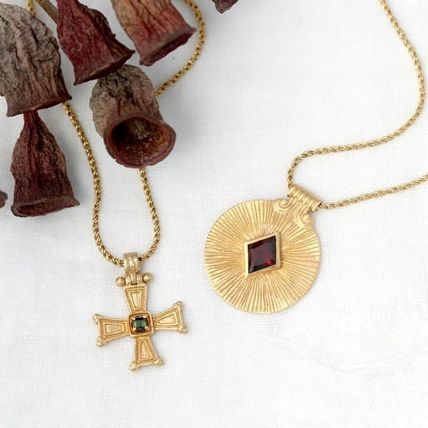 Handmade 18K Gold Necklaces & Pendants