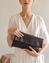hoze Plain Leather Clutches