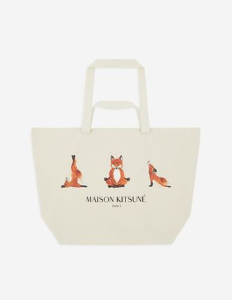Casual Style Unisex Canvas Other Animal Patterns Logo Totes