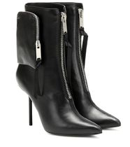 UNRAVEL Boots Boots