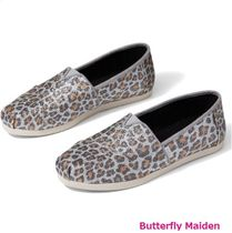 TOMS Street Style Other Animal Patterns Flats