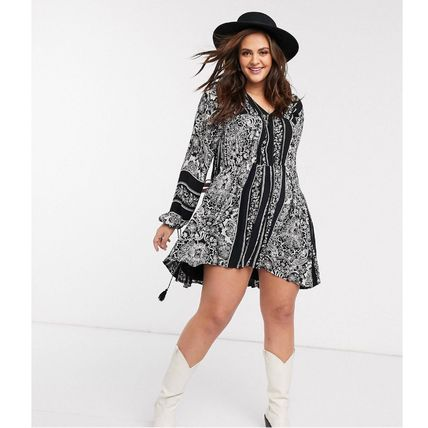 Short Paisley Casual Style A-line Tassel Flared Street Style