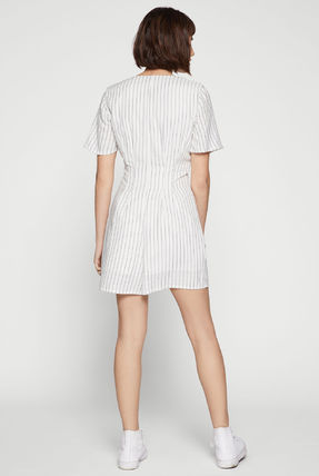 Short Stripes V-Neck Short Sleeves Dresses