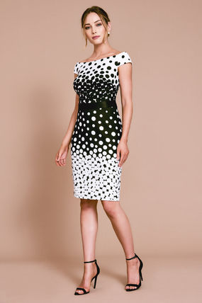 Dots Tight Medium Short Sleeves Bridal Dresses