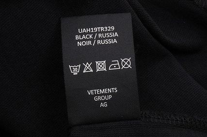 VETEMENTS More T-Shirts Unisex Street Style Short Sleeves T-Shirts 12