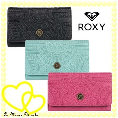 shop roxy accessories