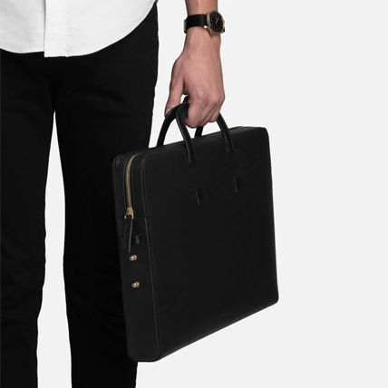 Unisex Plain Leather Business & Briefcases
