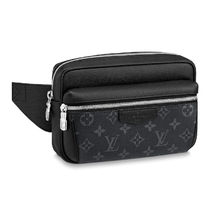 Louis Vuitton MONOGRAM Monogram Canvas Leather Crossbody Bag Logo