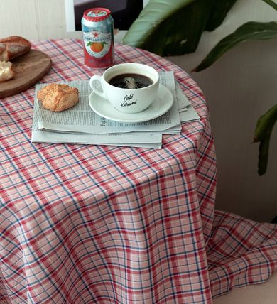 AMYLUCY Tablecloths & Table Runners