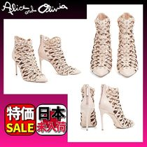 Alice+Olivia Casual Style Studded Street Style Plain Leather Pin Heels