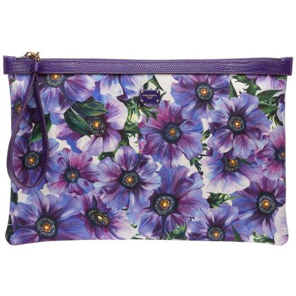 Flower Patterns Leather Logo Clutches