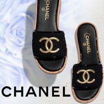 CHANEL Tweed Plain Logo Sandals