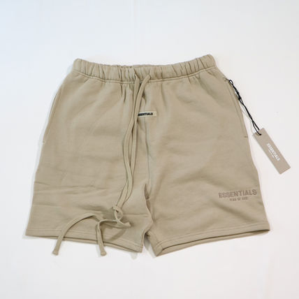 FEAR OF GOD ESSENTIALS Street Style Oversized Shorts