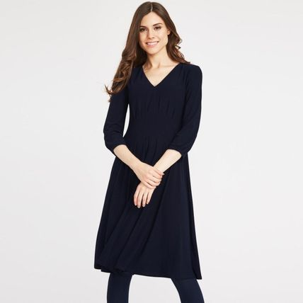 Casual Style A-line Flared V-Neck Cropped Plain Medium