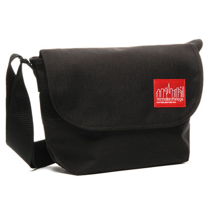 Unisex Nylon Plain Logo Messenger & Shoulder Bags