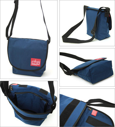 Nylon Plain Messenger & Shoulder Bags