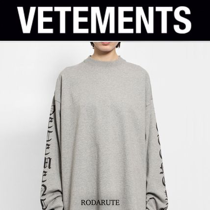 VETEMENTS More T-Shirts Street Style Logo T-Shirts 5