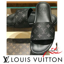Louis Vuitton MONOGRAM Monogram Shower Shoes Flipflop Logo Shower Sandals