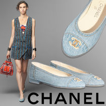 CHANEL Plain Logo Ballet Shoes