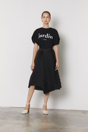Medium Puff Sleeves Bridal Logo T-Shirts