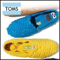 TOMS Round Toe Casual Style Plain Slip-On Shoes